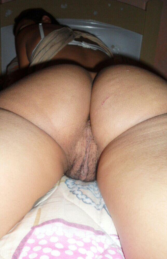 Marido adora mostrar sua esposa gostosa